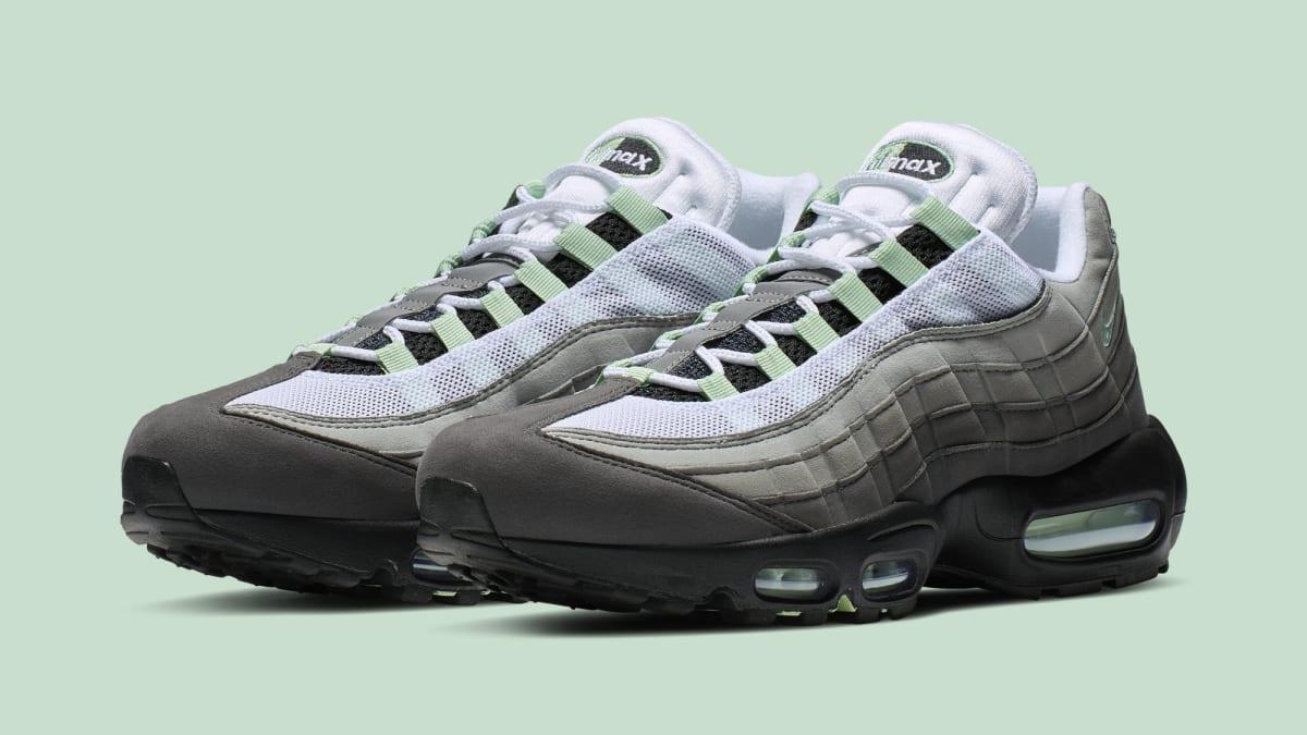Nike air max 95 minthttps://sneakerbaron.nl/sneaker/nike-air-max-95-fresh-mint-wit-cd7495-101/