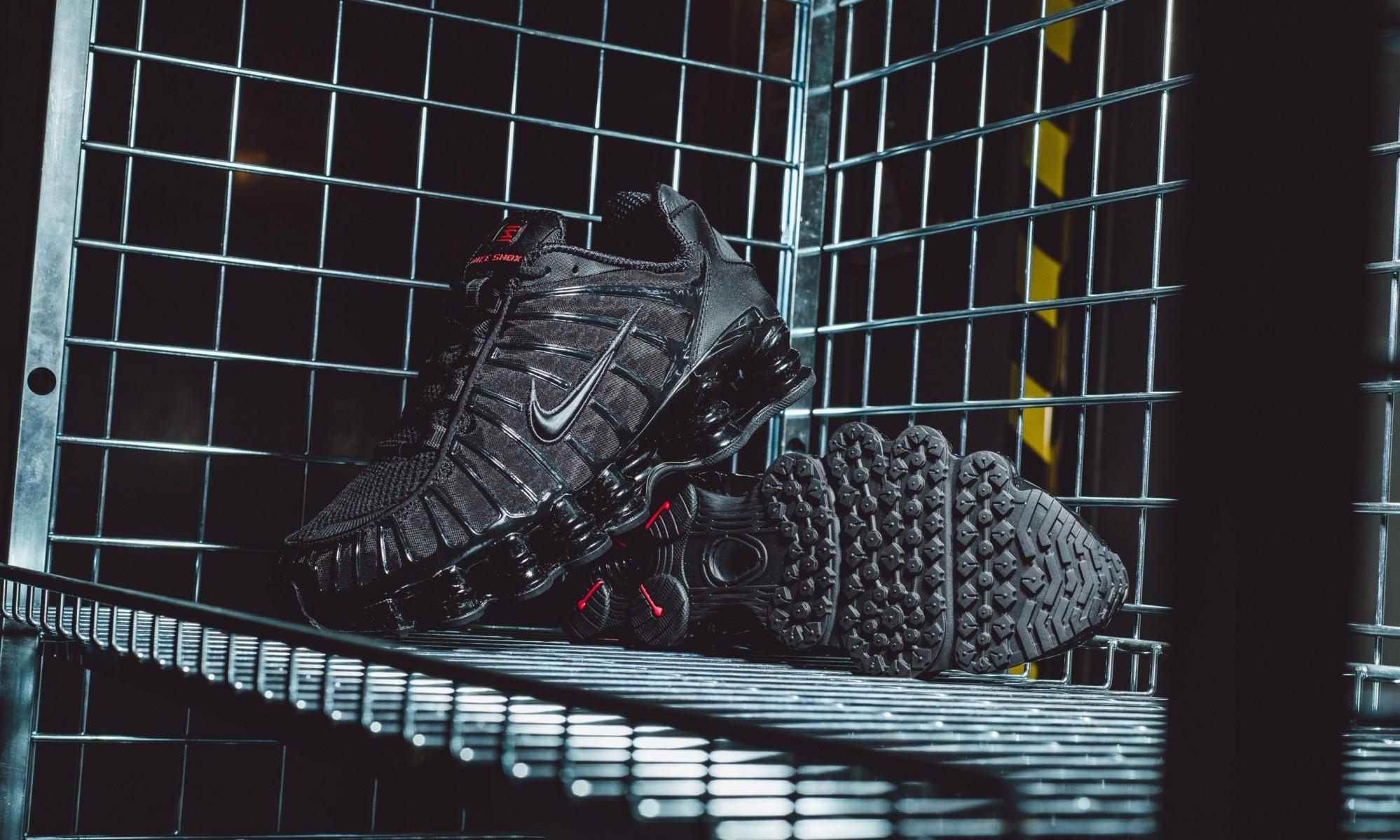 Nike Shox black TL