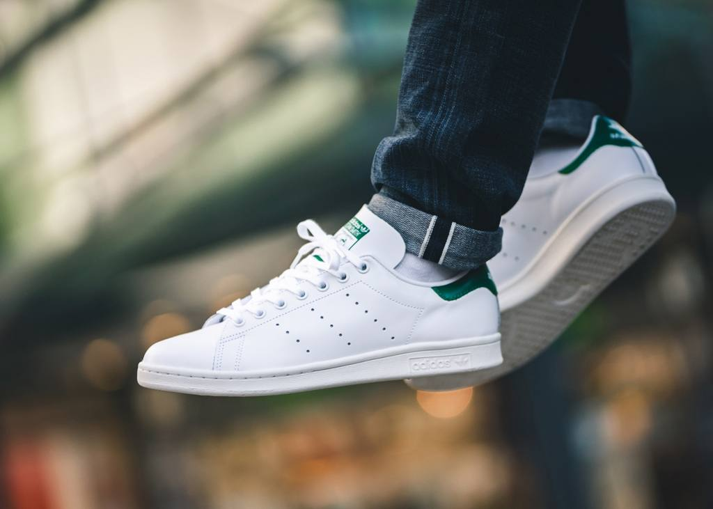 witte adidas stan smith