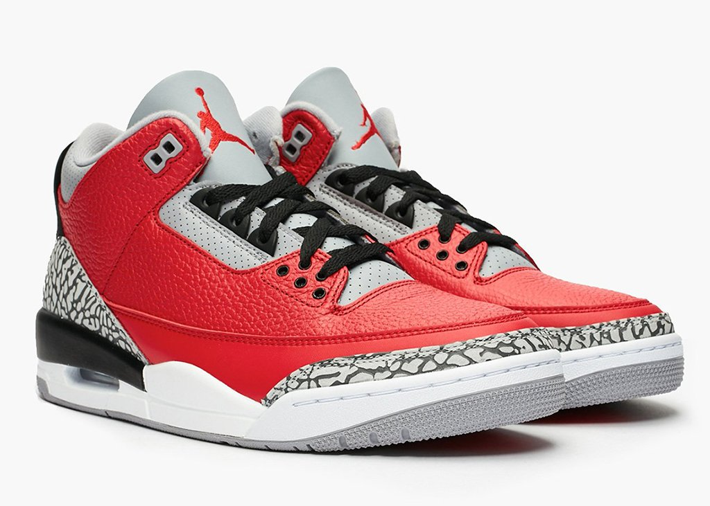 Vurige hitte met detail foto's van de Air Jordan 3 Fire Red SE