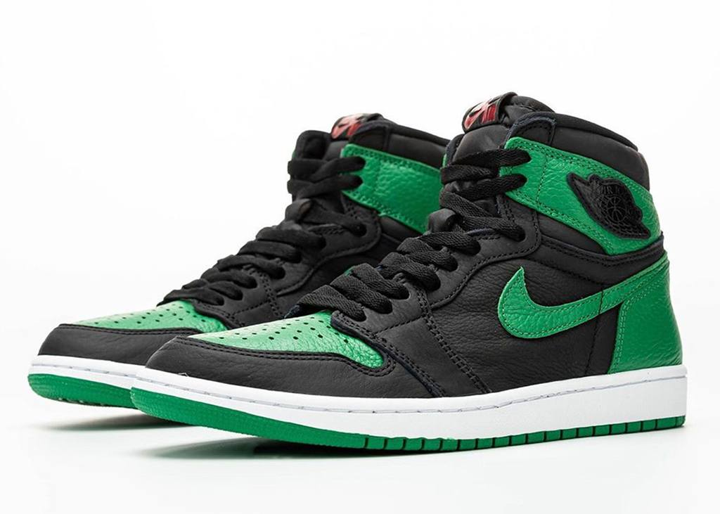First look: Air Jordan 1 High Pine Green