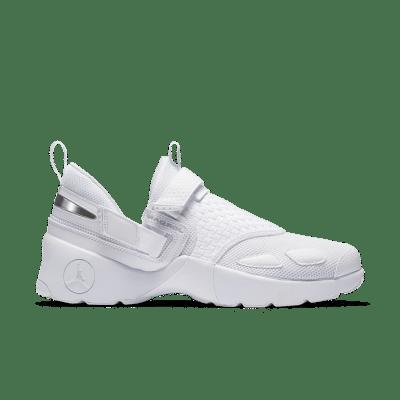 Jordan Trunner LX 'Pure Platinum & White' White/Pure Platinum/Pure Platinum 897992-100