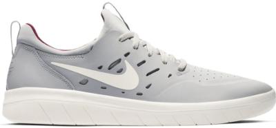 Nike SB Nyjah Atmosphere Grey True Berry Atmosphere Grey/True Berry-Pale Ivory AA4272-004