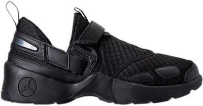 Jordan Trunner LX Black 897992-020
