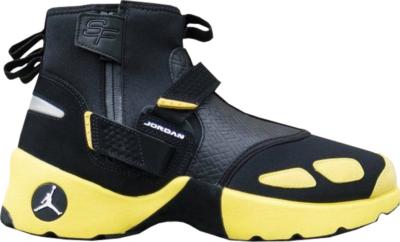 Jordan Trunner LX High Solefly Black/White-Lightning AO4689-012