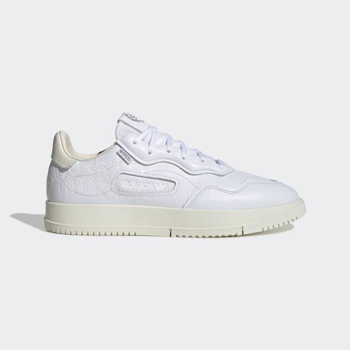 witte adidas goretex