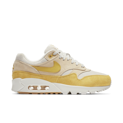Nike Women's Air Max 90/1 'Guava Ice and Summit White' Guava Ice/Summit White/Gum Light Brown/Wheat Gold AQ1273-800