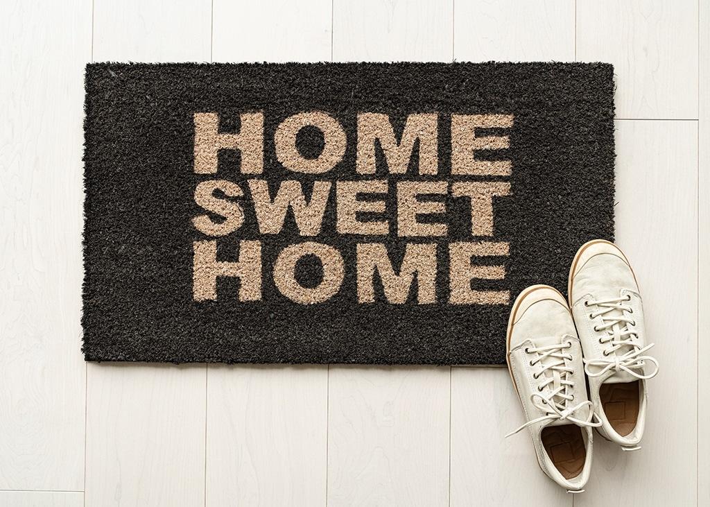 Drie van die: sneaker tips voor tijdens het thuisblijven