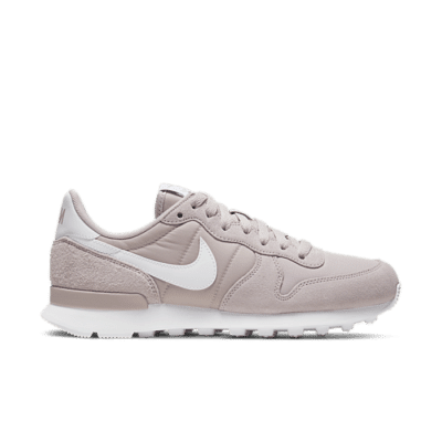 "Nike WMNS INTERNATIONALIST ""PLATINUM VIOLET"" 828407-034"