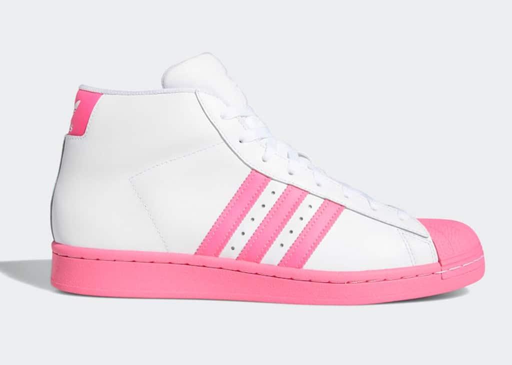 Geen roze bril maar een roze neus: de adidas Pro Model Pink