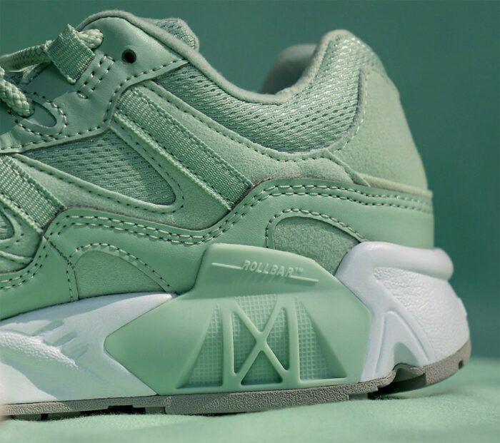 mint green new balance