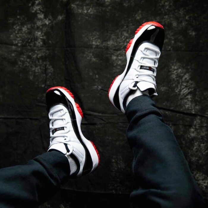on feet nike Jordan 11 low bred concord