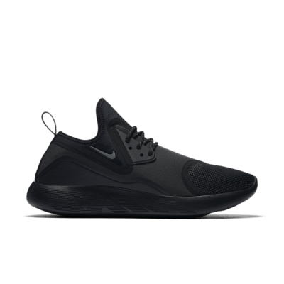 Nike LunarCharge Essential 'Triple Black' Black/Black/Volt/Dark Grey 923619-001