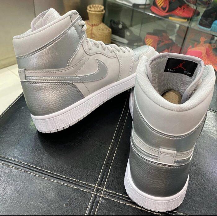 Nike Air Jordan neutral grey