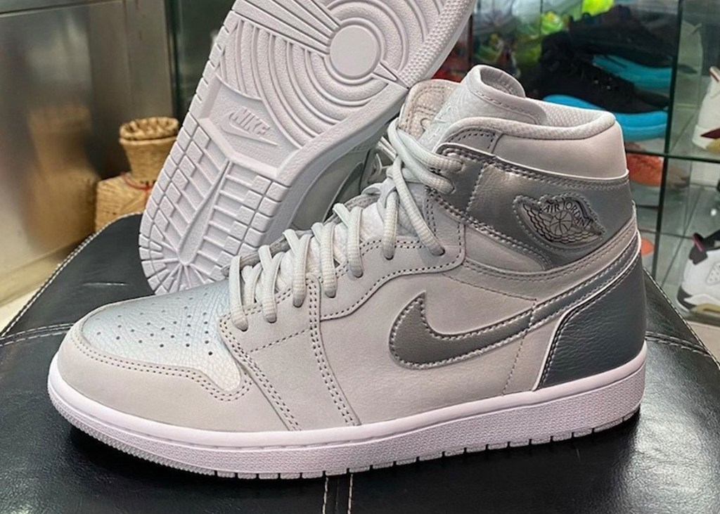 Greets from Japan: Air Jordan 1 Neutral Grey re-issue