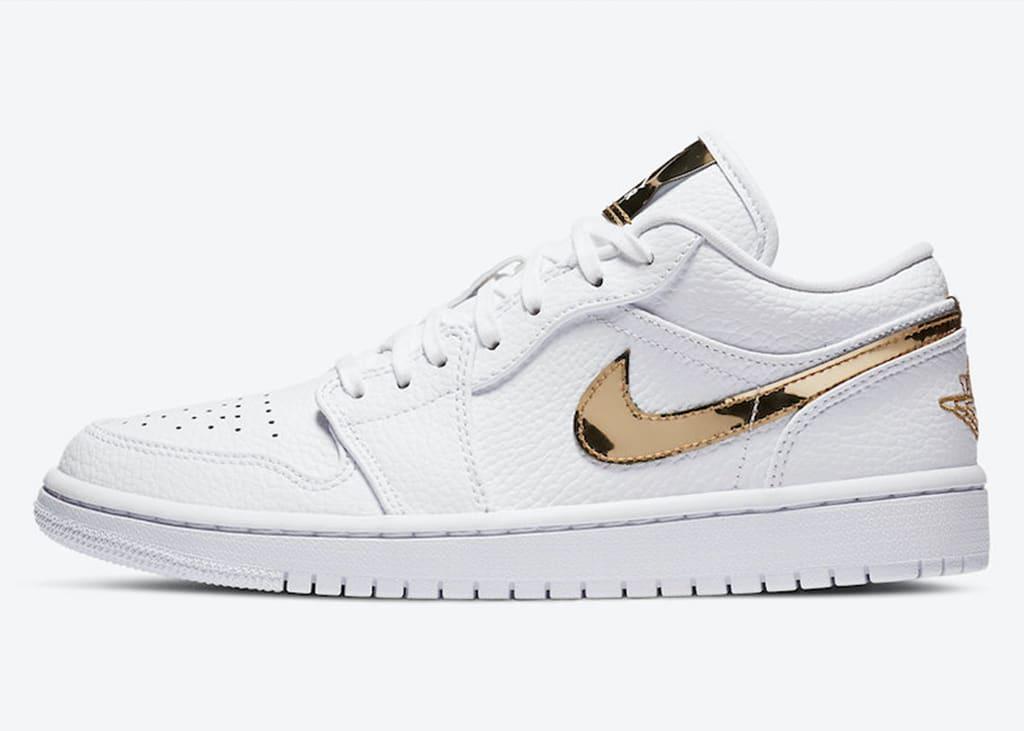 Shine bright like a diamond: De Air Jordan 1 Low White Metallic Gold