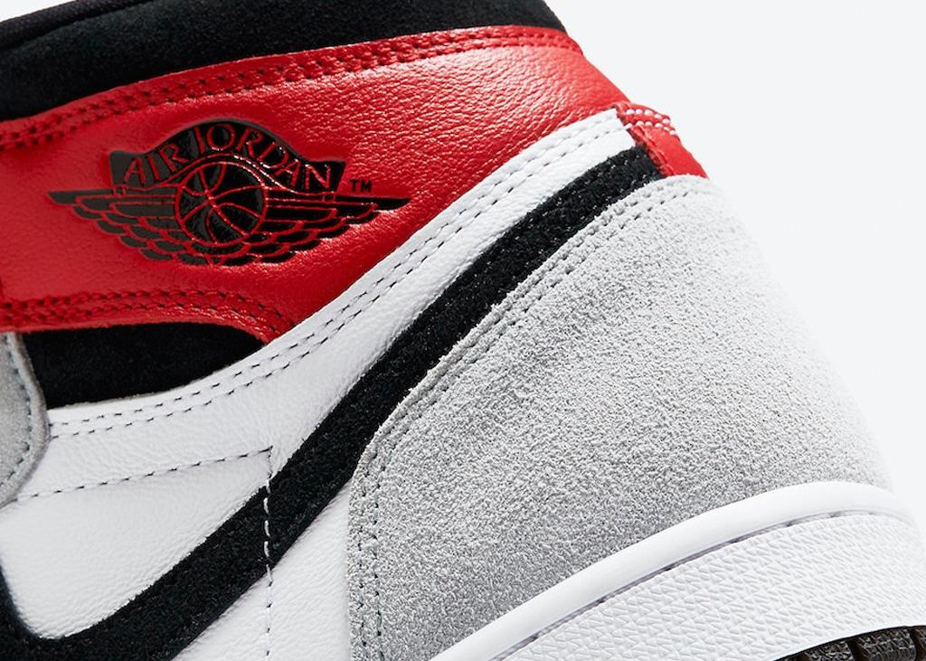 Nike publiceert foto's van Air Jordan 1 Light Smoke Grey