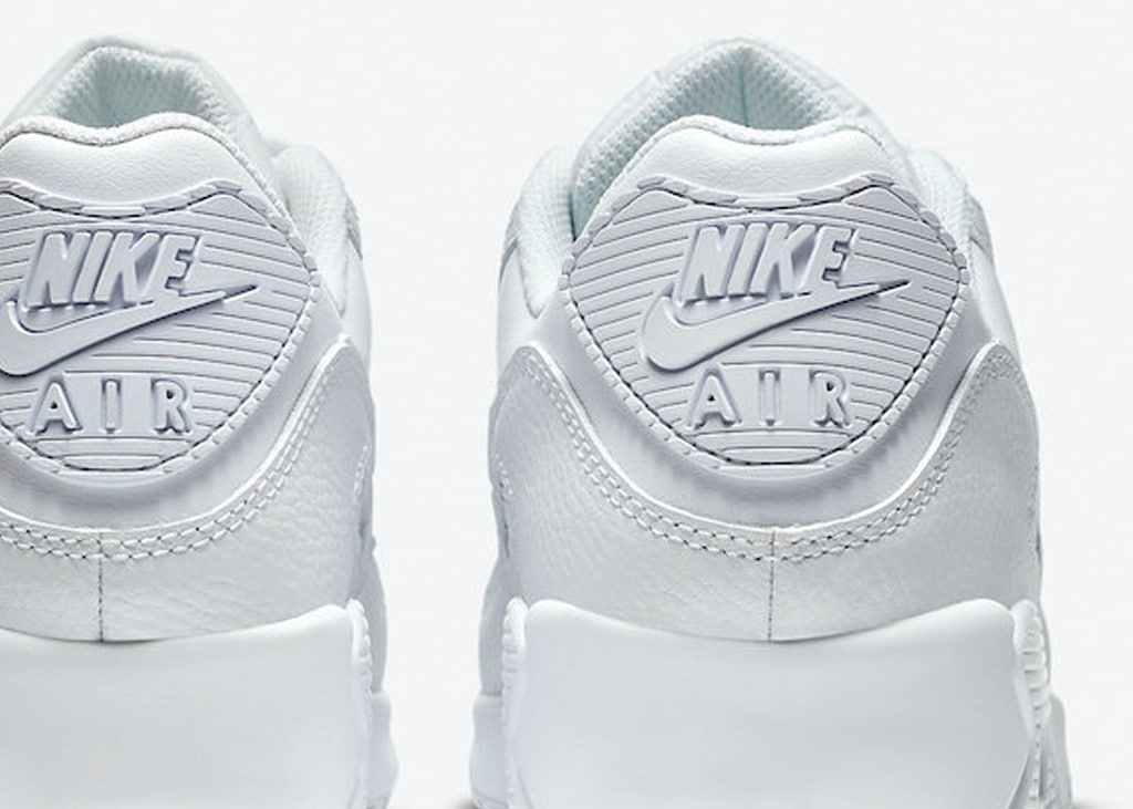 De nieuwe Nike Air Max 90 in triple white: hot or not?