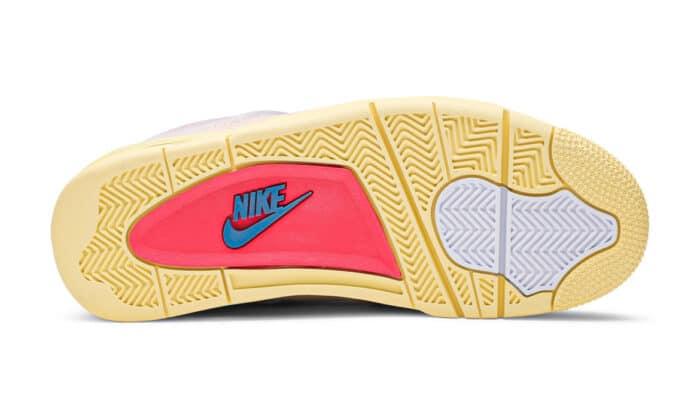 Nike Air Jordan 4 guava