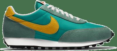 "Nike DAYBREAK SP ""NEPTUNE GREEN"" DA0824-300"
