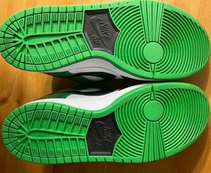 dunk nike low classic green