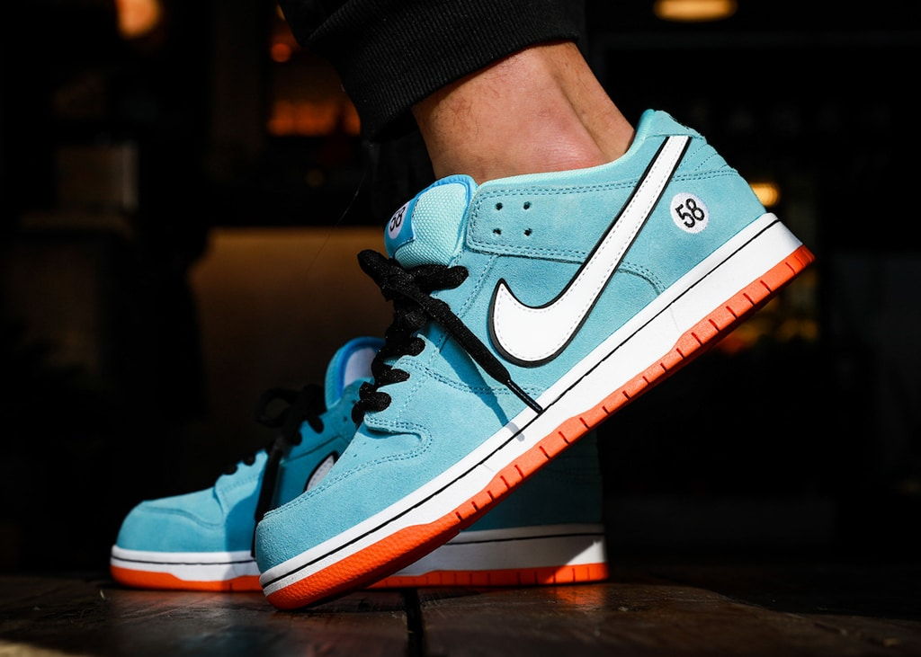 Strap your seatbelts people. In maart arriveert de Nike SB Dunk low 'Gülf'
