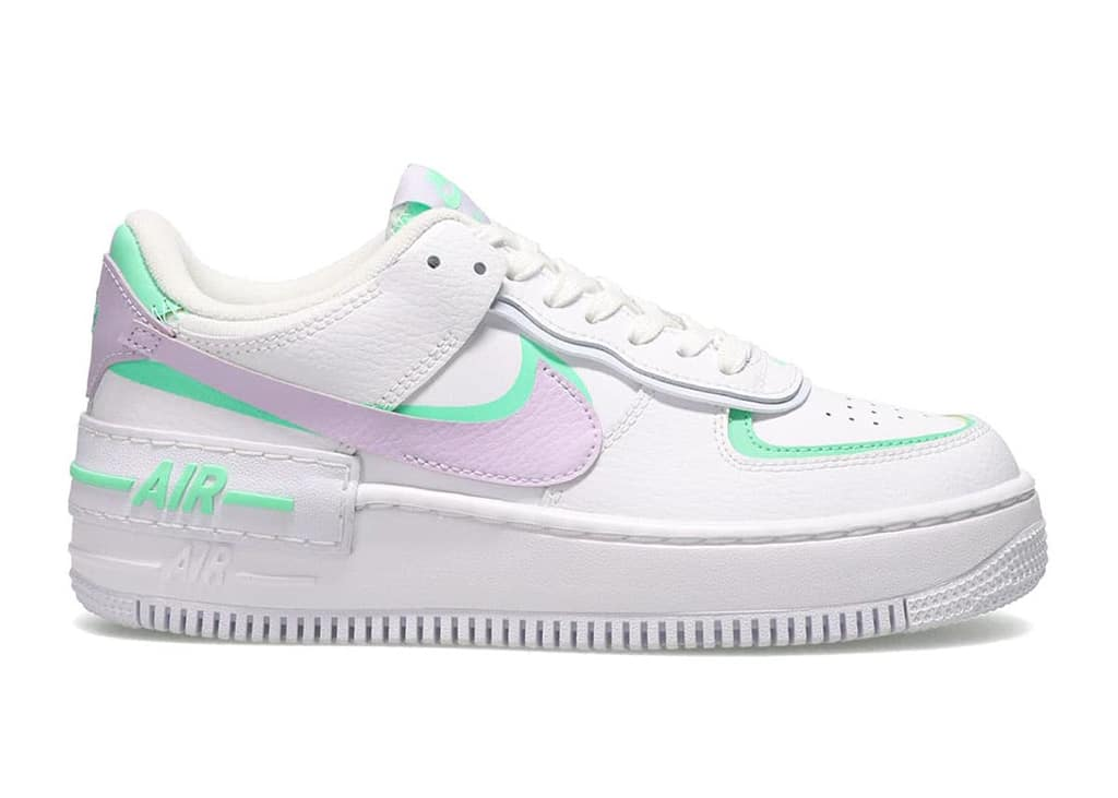 Paas mij die kicks! De Nike Air Force 1 Shadow 'Infinite Lilac' Easter colorway op komst