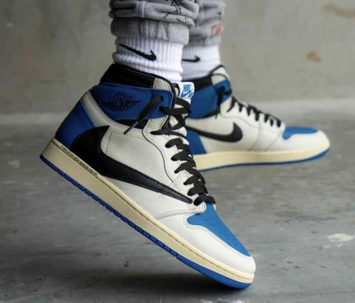 fragment Air Jordan 1 Travis Scott