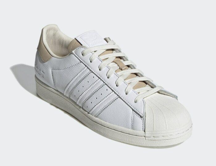 super star Adidas white