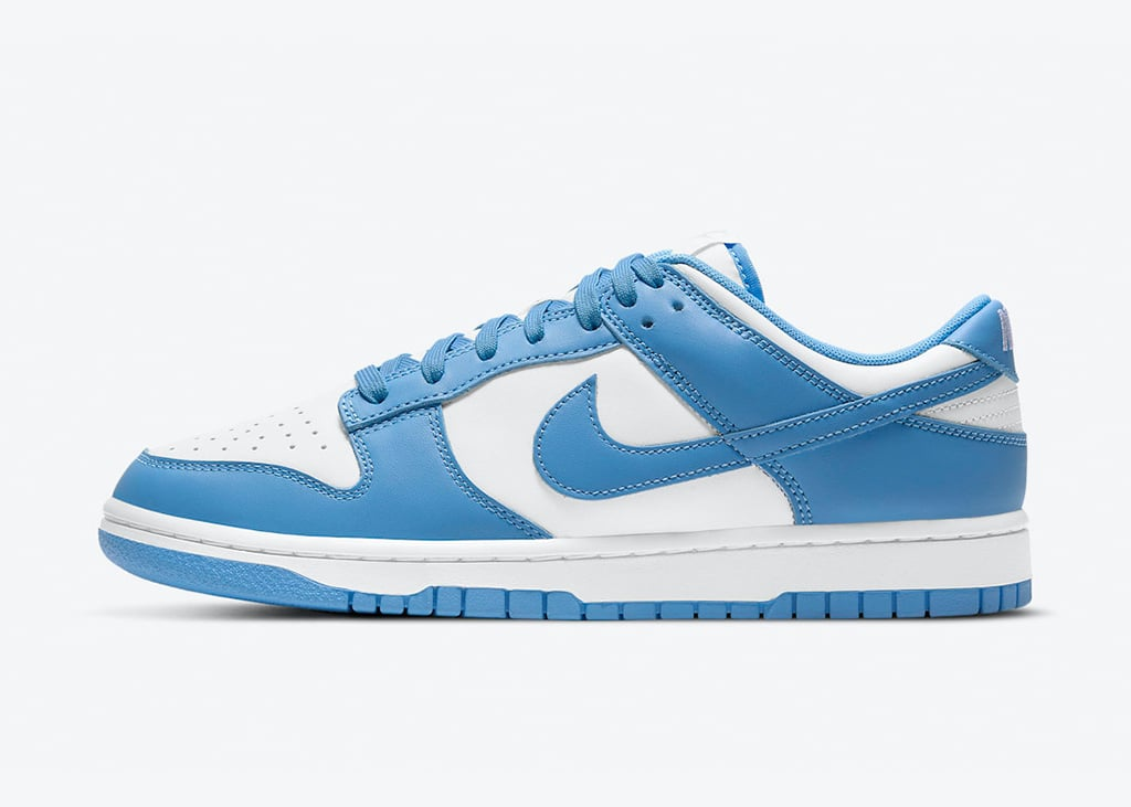Back to school, again! De Nike Dunk Low 'University Blue' komt over een maand uit
