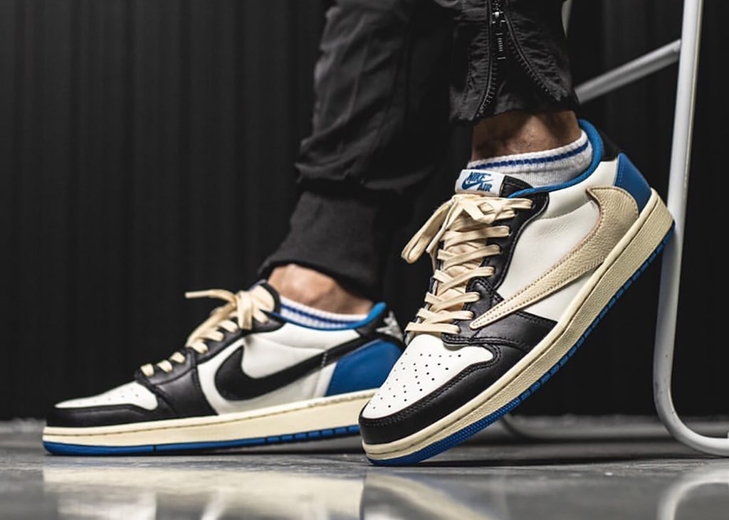 On feet foto's verschenen van de Air Jordan 1 Low collab tussen Fragment en Travis Scott