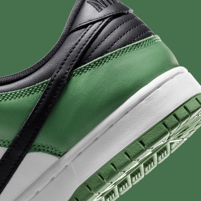 classic green Nike SB dunk low