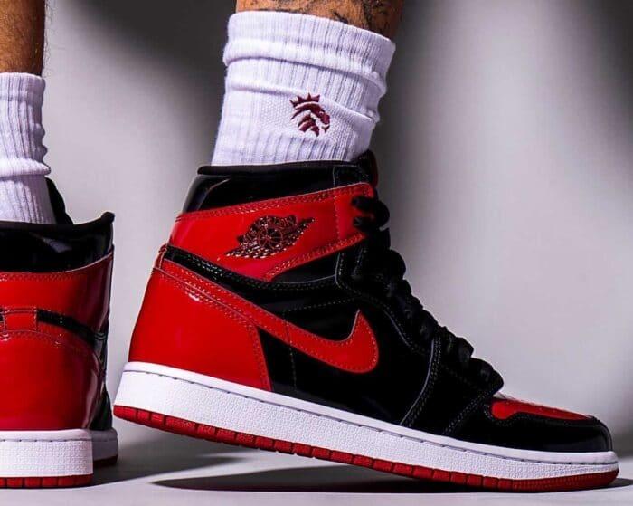 nike bred Jordan 1 air