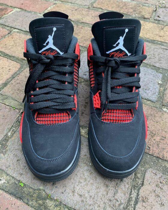 Nike Air Jordan 4 thunder