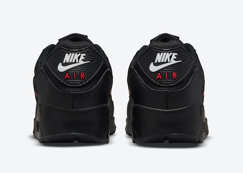 Overwegend zwarte Nike Air Max 90 komt binnenkort uit