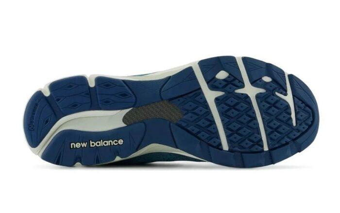 v3 new balance 990