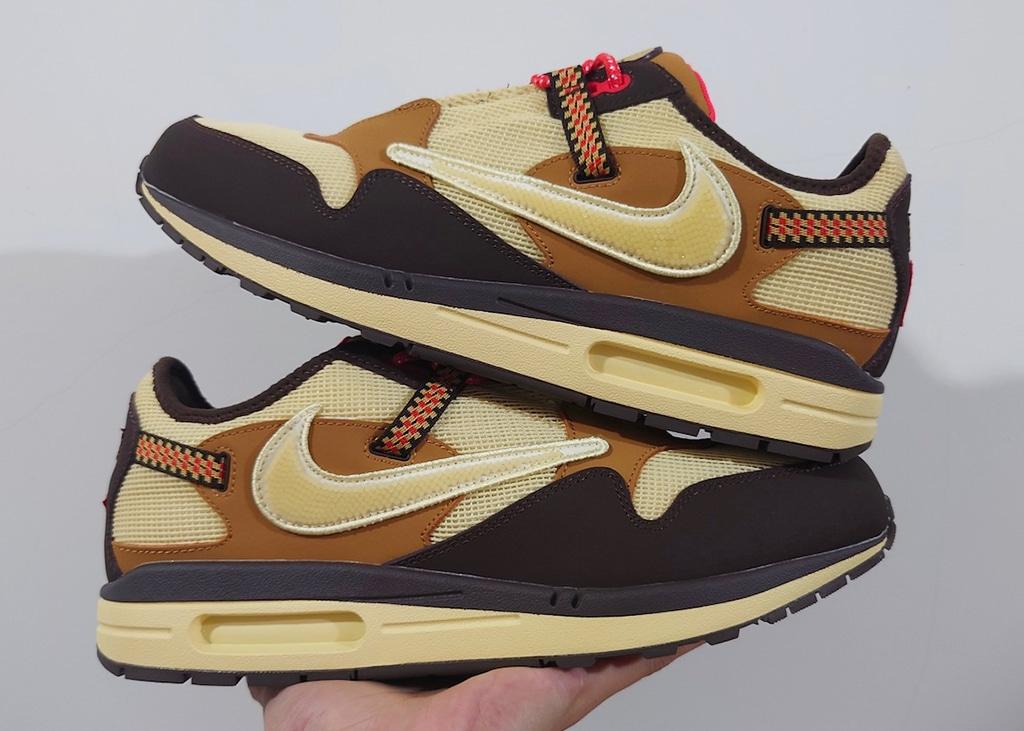 Beste foto's tot nu toe van de Nike Air Max 1 'Baroque Brown' met Travis Scott
