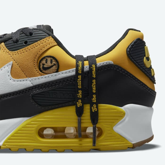 have a nike day air max 90