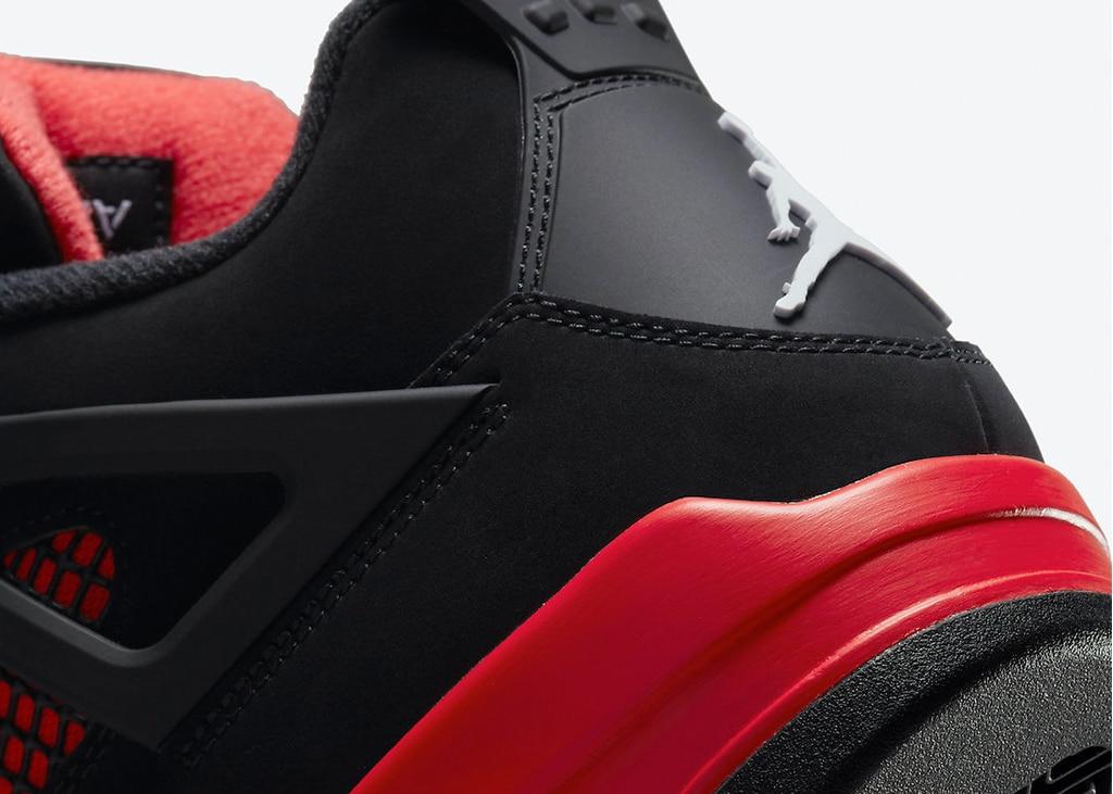 Officiële foto's verschenen van de Air Jordan 4 'Red Thunder'